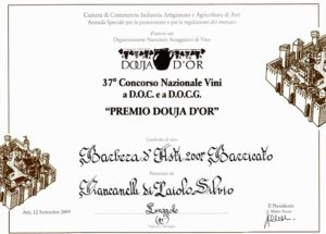 Douja-d-Or-2009-Barbera-d-Asti-barricato-DOCG-2007-barricato-Cascina-Piancanelli-winery-red-wine-barrique-aged-Asti-Piemonte-Italy