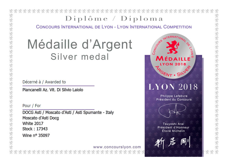 Silver-medal-Lyon-International-Competition-2018-Moscato-d-Asti-DOCG-Piancanelli-2017-italian-premium-winery